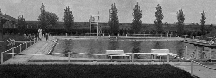 Poque sucrerie piscine for Piscine de laon